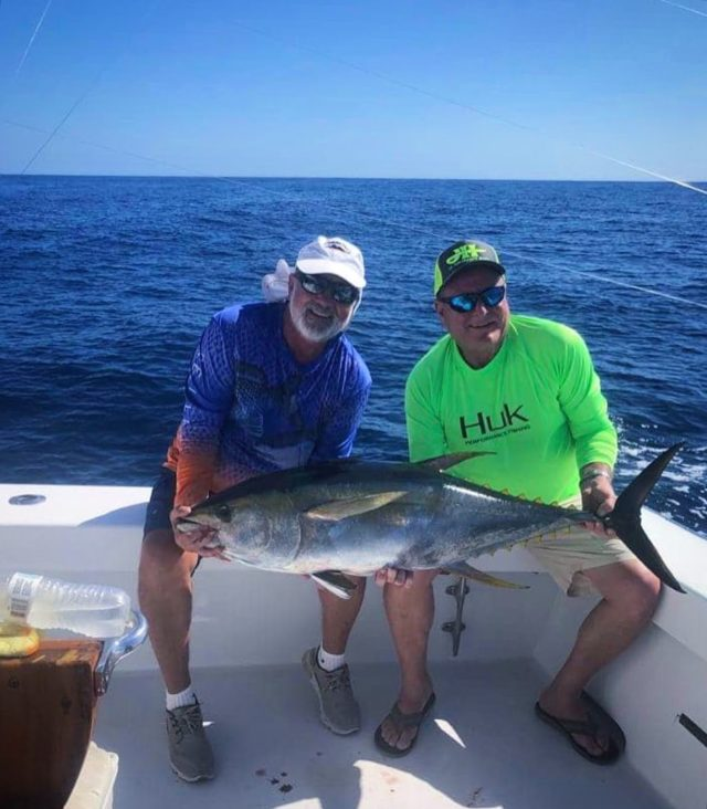 Good morning!  Been a bit slack on the post during tournament days, but playing catch up now!  1/16 - 3 Sailfish and 4 dorado 1/17 - 1 Sailfish and a nice tuna  #caribseasportfishing #sportfishing #flyfishing #fishingtrips